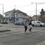 Mozgóurna tűnt fel egy utcasarkon Zuglóban – fotó