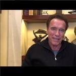 Jobban van, de még nem tökéletes a szívműtéten átesett Schwarzenegger állapota – videó