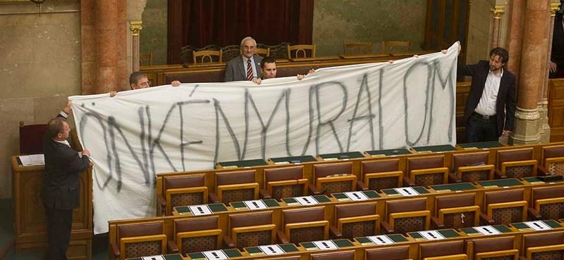 Gyurcsány: Orbán az arcátlan, nem a bíróságok