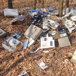 Nyomoznak az erdőben kiszórt pénztárgépek ügyében