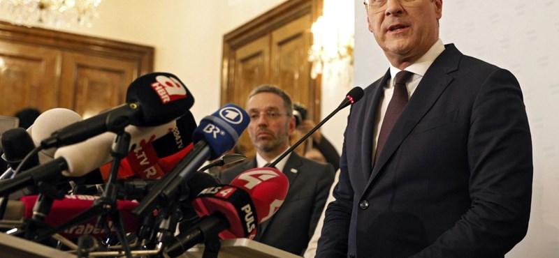 Strache hosszú szünet után ismét megszólalt