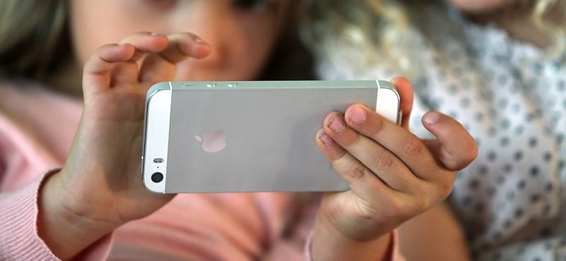 Nem elvenni kell a mobilt a gyerektől, hanem odaadni neki – állítja egy kutatás, ami szerint így ön is jól jár majd