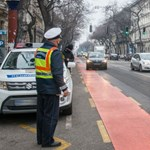 Két nap alatt 68 autóst büntettek a rendőrök buszsávban közlekedésért vagy ott parkolásért