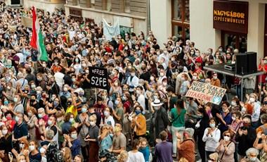 Szakszervezetek is csatlakoznak az SZFE október 23-i tüntetéséhez