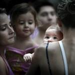 Kevesebb gyerek született a világgazdasági válság miatt
