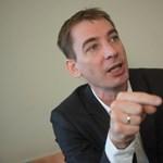 Jávor Lázárnak: nem a náci-komcsi házmesterség a gáz, hanem a lopás