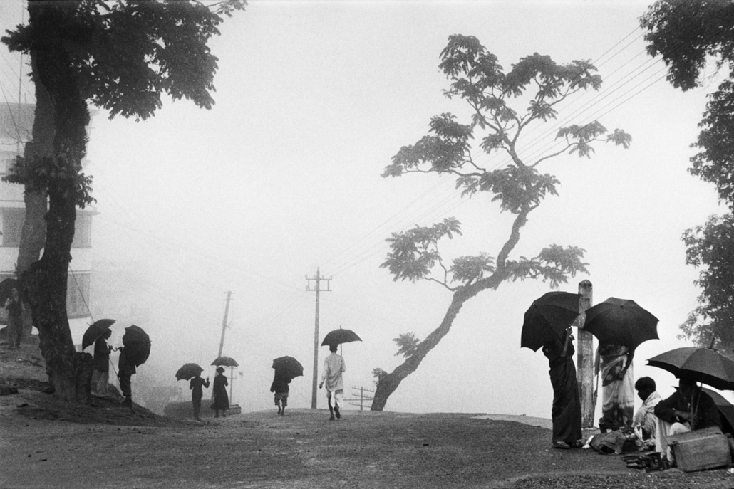 Dardzsiling, India, 1956 - műgyanta bevonatú papírnyomat - Mai Manó Ház, kiállítás, Marc Riboud