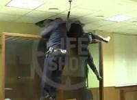 Ilyen szökési kísérletet sem lát minden nap a rendőrség – videó Oroszországból