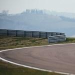 Vettel is bemutatót tart a Hungaroringen