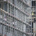 Túl sokat akart a kormány a lakáspiacon – 300 milliárdot bukhatott