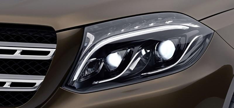 A Mercedes válasza a BMW X7-re, jön a gigantikus új GLS, mutatjuk