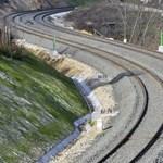 Esztergomi vasútvonal: Egy hónap múlva jöhet a villamosítási pályázat