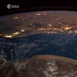 Gyönyörű meteorbecsapódást észleltek az űrállomásról – videó