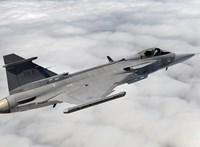 Szlovák repülők miatt riasztották a Gripeneket
