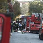 Két égő házhoz riasztották a tűzoltókat