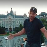 A Lánchídon táncoló Will Smith úgy építi az országimázst, hogy Orbán Ráhel lehidalna