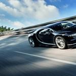 Tolatóradar: Tudja, mennyit eszik az 1500 lóerős Bugatti 100 km-en? Meg fog lepődni