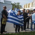 """""""Keresztényként és demokrataként is szégyellje magát!"""" – görögök és örmények tiltakoztak az Atatürk park ellen"""