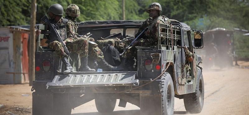 Halálos terroristatámadás Szomáliában