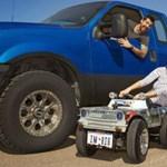 Íme, a világ legkisebb igazi autója - fotó, videó