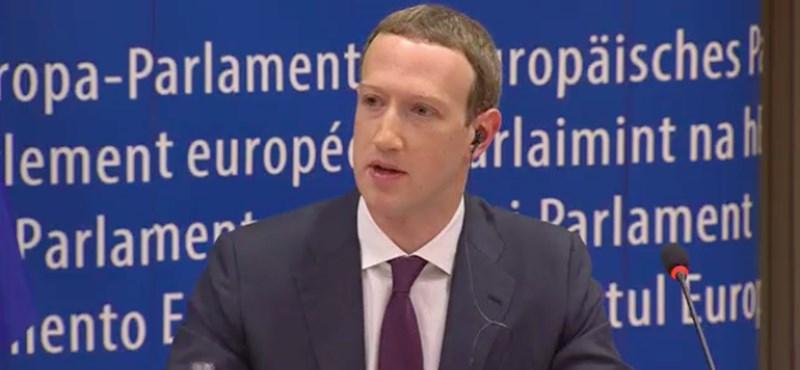 """Huge Zuckerberg """"width ="""" 800 """"height ="""" 370"""