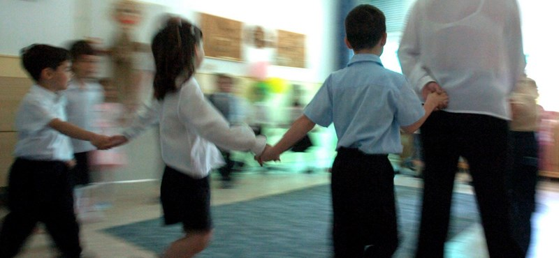 Kilenc évfolyamos iskola: szorít az idő, még sincs válasz a kérdésekre