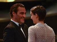 Eljegyezte egymást Hollywood legcsendesebb párja
