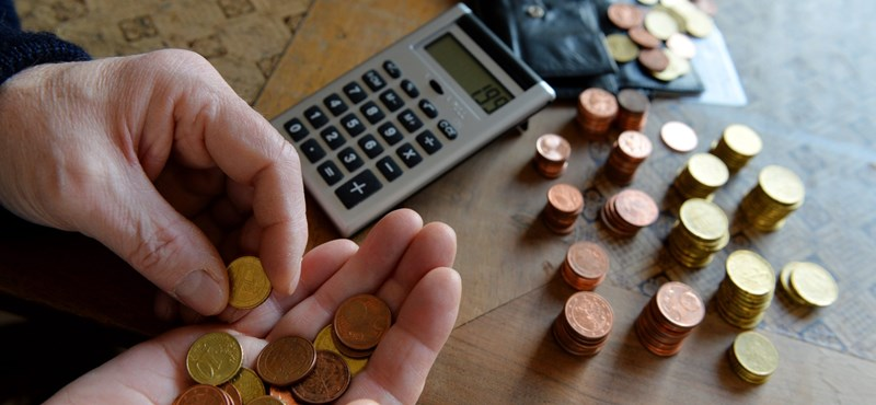 Könnyebb lesz behajtani a nyugdíjasok tartozását