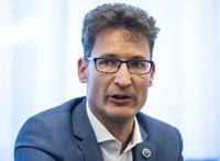 Cser-Palkovics: Nem a Fideszre és nem Orbán Viktorra tettem esküt