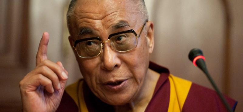 Peking hallani sem akar a dalai láma ötletéről