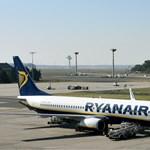 Kirúgtak hat Ryanair-dolgozót, mert a repülőtér padlóján aludtak