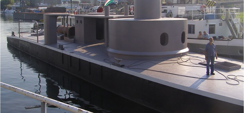 Így születik újjá egy hadihajó - Nagyítás fotógaléria