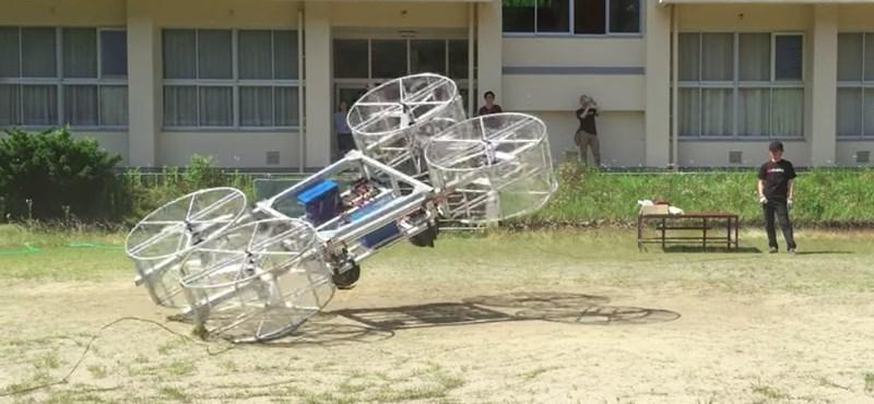 Csináltak egy tesztet a Toyota repülő autójával, de nem így képzelték el a végeredményt – videó