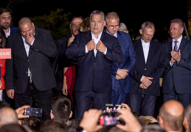 Orbán kitért a Fidesz néppárti jövőjét firtató kérdések elől