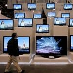 Schmitt Pál ma hipermodern LCD-tévéket nézegetett