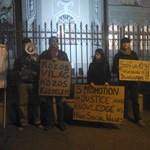 Fotó: a bolgár nagykövetség előtt tüntetett a HaHa