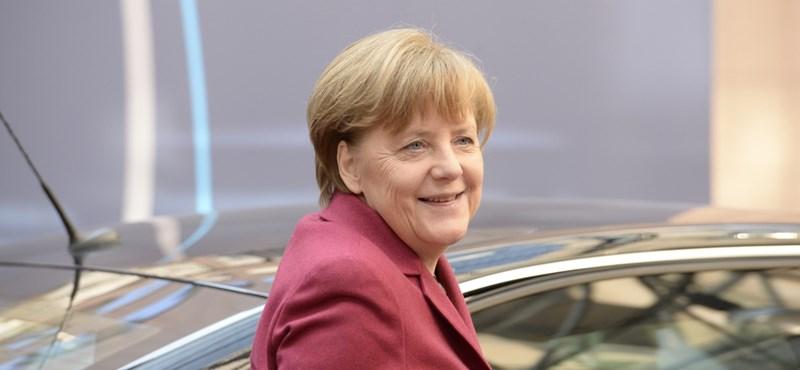 Merkel nem fél a magyar kvótanépszavazástól