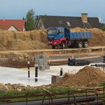 A NAV-nak belefért, hogy fel nem épített uszoda korszerűsítéséhez kértek uniós pénzt
