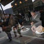 Legendás budapesti helyre kerül lakat: vége a Jégbüfének