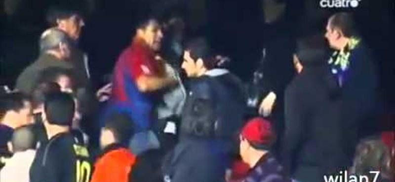 Nézőtéri pofonok a Barca-Realon - videó