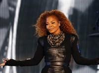 Janet Jackson 55 éves lett, és megszabadult több fontos ruhadarabjától