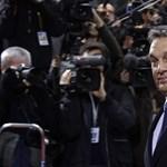 Népszabadság: Orbánék milliókért értékeltették egyéves teljesítményüket