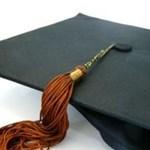 300 ember ellen emelhetnek vádat a diplomahamisítási-ügyben