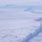 Baj van az Antarktiszon, gyorsan töredezik a jég utolsó védvonala