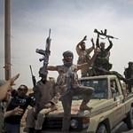 NATO: Kadhafi terroruralma a végéhez közeledik