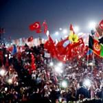 Magyar újságírókkal javíttatná a török országimázst a kormány üzletfele