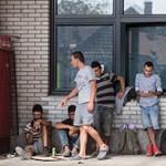 A rossz idő miatt csúszik a menekültek üdültetése a Balatonnál