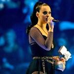Katy Perry Grammy-ruhája lett az internet kedvenc mémje