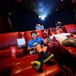 Azt ismeri, hogy a torrent, a néző és az állam bemegy a moziba?