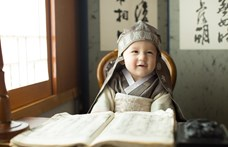 Meglepő felfedezés a 14 hónapos babákról: képesek logikai úton kikövetkeztetni mások preferenciáit